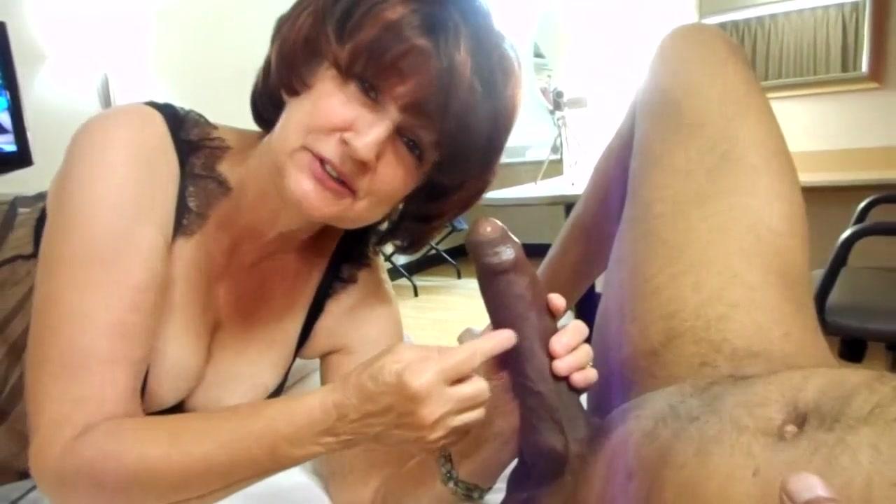 Amateur Sucking Big Black Cock